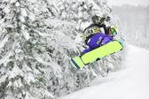 Salto de snowboard — Foto Stock