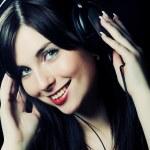 Beautiful Headphones Girl — Stock Photo
