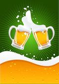 2 つのビール ジョッキとビールの波 — ストックベクタ