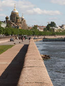 View of Neva river embankment — Stock Photo