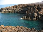 Volcanic beach in Lanzarote — Stock Photo