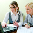 Two women work in team — Stock Photo