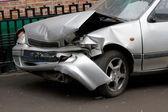 Rozbity samochód 1 — Zdjęcie stockowe