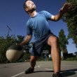 Man play basketball — Stock Photo