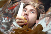 Eating chips — Stock Photo