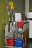 Profesionální úklid vozík — Stock fotografie