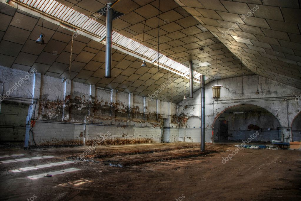 Abandoned empty fish warehouse - Deserted factory. — Stock Photo #1652846