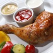 Roasted chicken leg and vegetable — Stock Photo #1721848