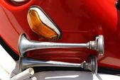Firetruck klaxon — Stock Photo