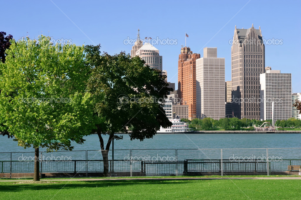 View of Detroit skyline from Windsor, Ontario  Stock Photo #2557828
