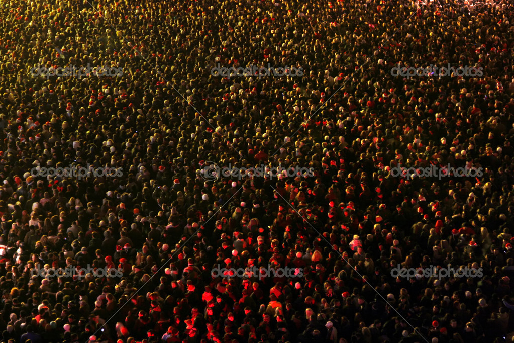Crowd of at a concert eve — Stock Photo #2558591