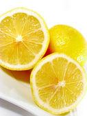 Close up of sliced lemon — Stock Photo
