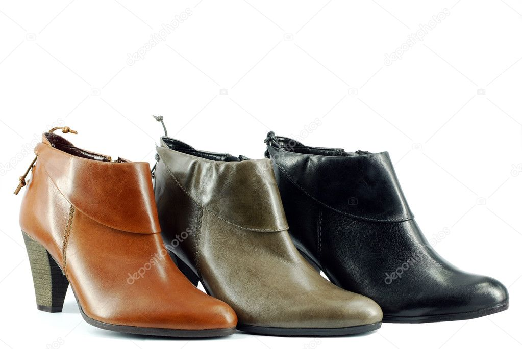 Woman short leather boots — Stock Photo #1661955