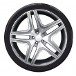 Car wheel with aluminum rim - Foto Stock