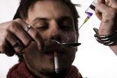 Addict con dose di eroina — Foto Stock