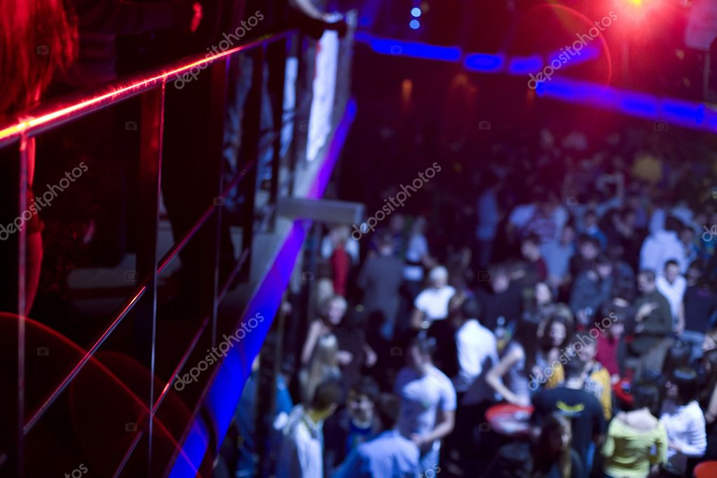In night club dancing and having fun with friends — Stock Photo #1704338