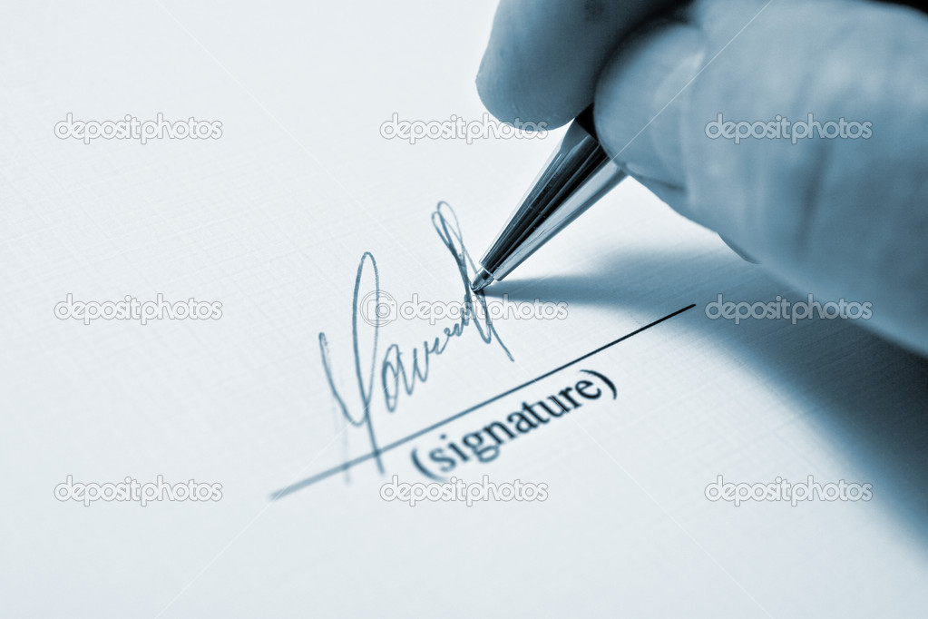 Man signing papers. The signature. — Stock Photo #1724564