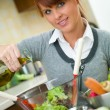 Woman in Kitchen - Foto de Stock