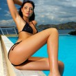 svart bikini girl — Stockfoto #1945114