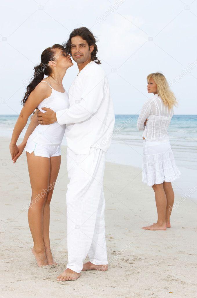 Любимый мужчина женился на другой