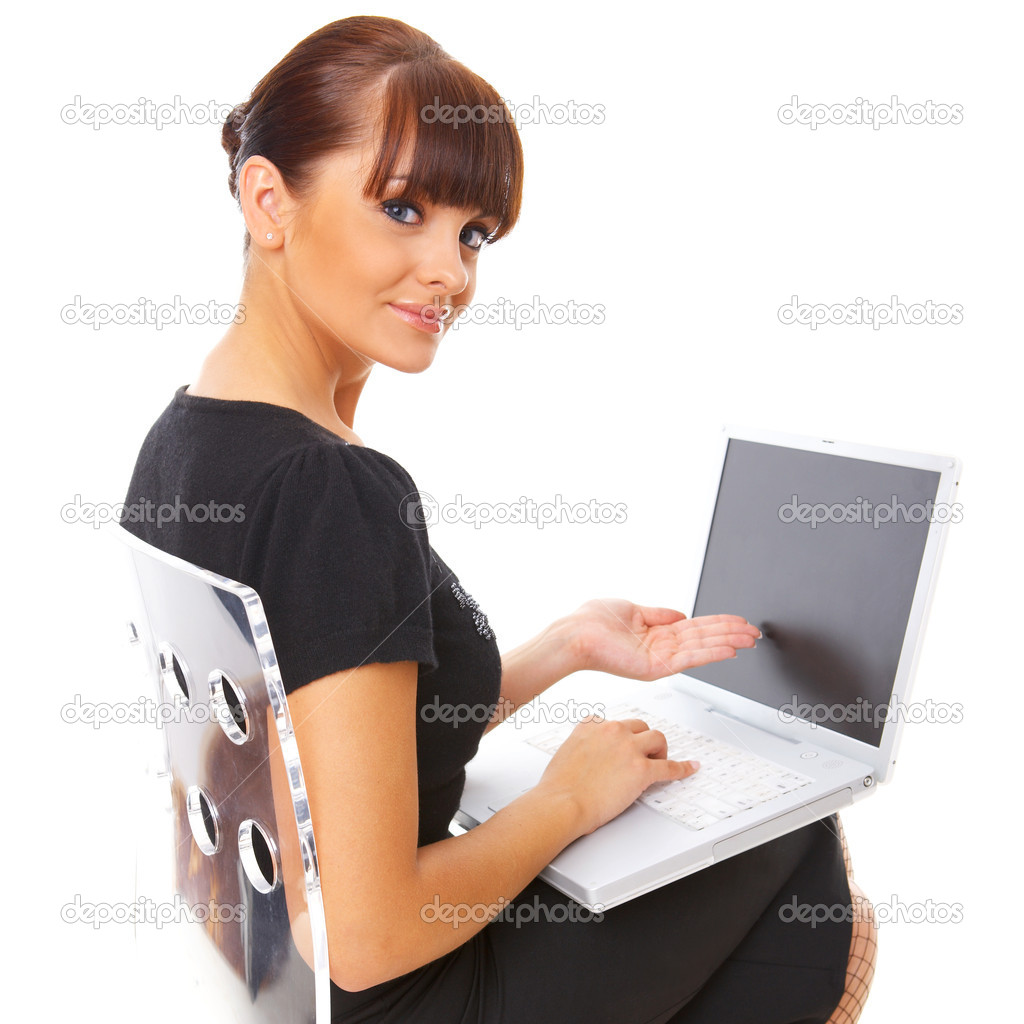 Portrait of young beautiful business woman working on computer — Stock Photo #1961567