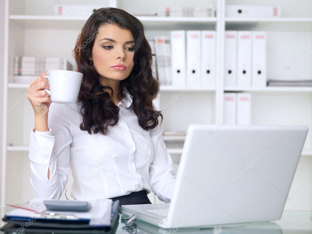 depositphotos_1962545-Business-Woman.jpg