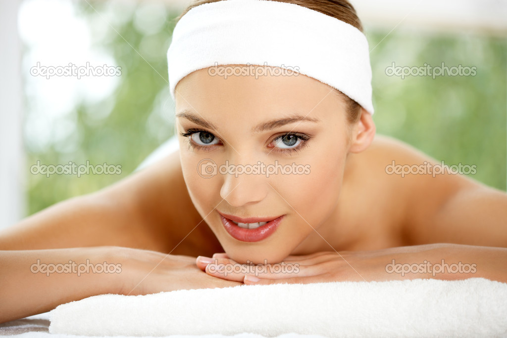 Young beautiful and relaxed lady taking spa treatment — Foto de Stock   #1963585