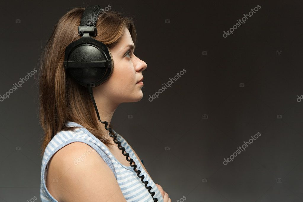 Young beautiful model with headphones — Stock Photo #2457421