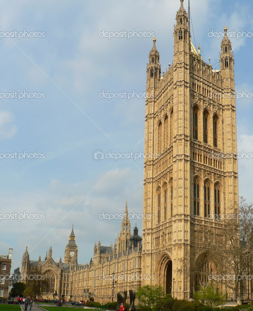 Houses of Parliament in London UK with big tower in foreground — Stock Photo #2297110
