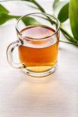 Hrnek černého čaje — Stock fotografie