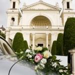 Wedding car and church — Stock Photo