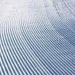 Snow pattern on ski slope — Stock Photo