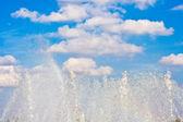 Stralen van een fontein — Stockfoto