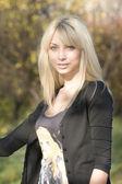 Sexy blond meisje — Stockfoto