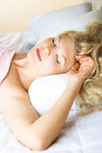Beautiful sleeping woman — Stock Photo