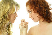 Two girls argue — Stock Photo
