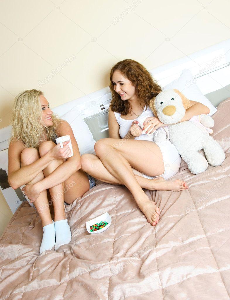 Лесбиянки смотреть бесплатно в HD качестве