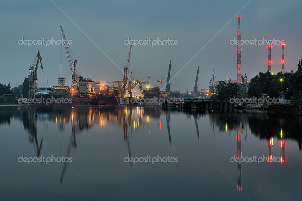 Taken at a Gdansk shipyard at dawn, Poland. — Stock Photo #1946423