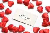 Mensaje de amor y corazones pequeños alrededor de — Foto de Stock