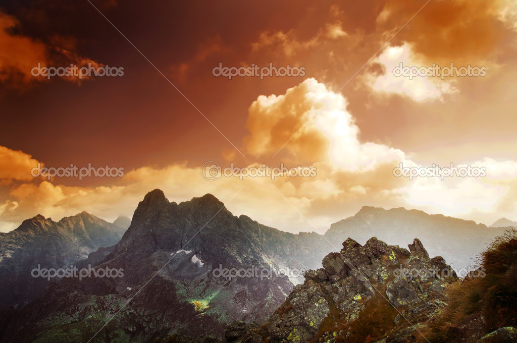 Mountains sunset landscape. Tatra colorful picture — Stock Photo #2035136