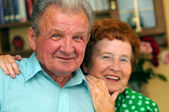 Elderly happy couple — Stockfoto