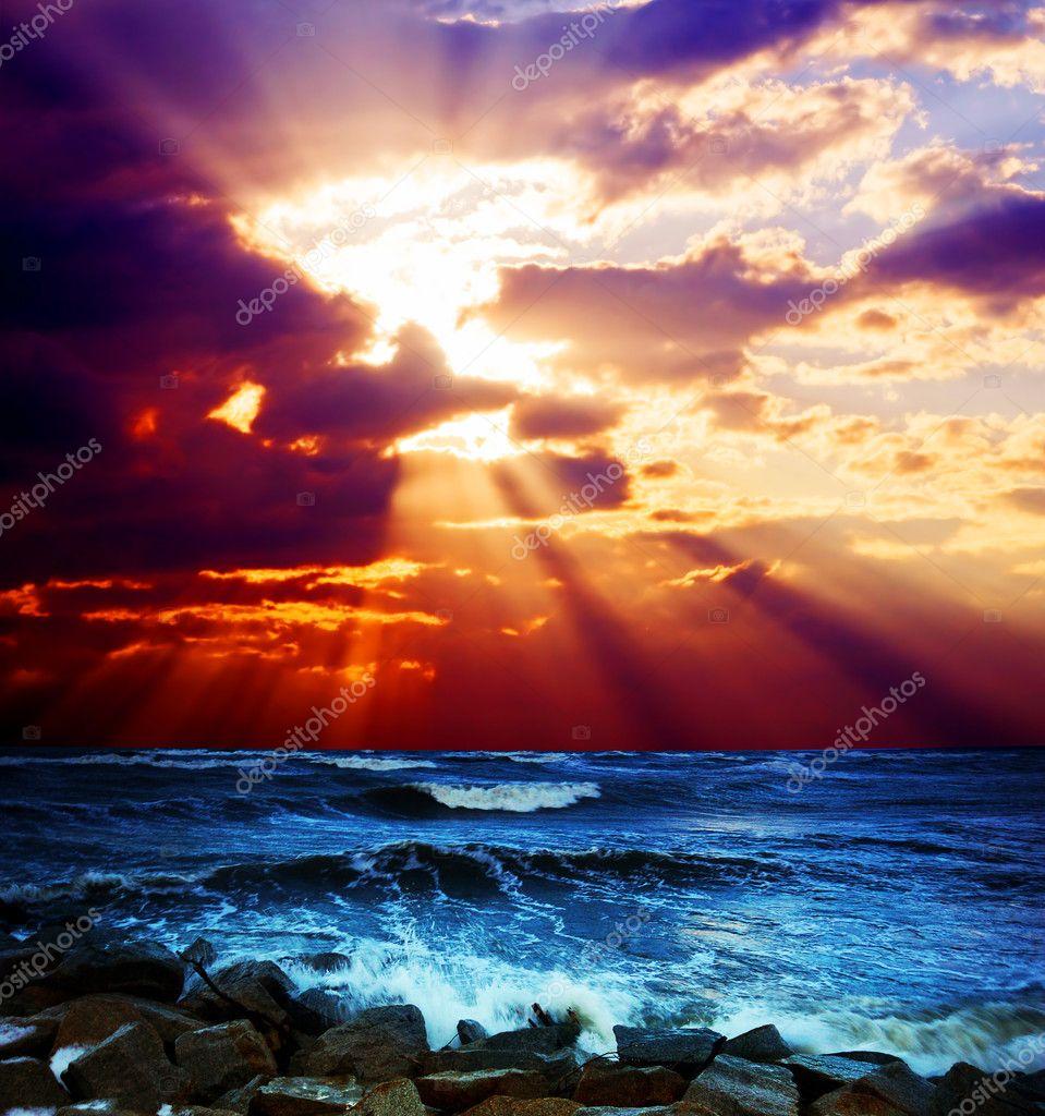 Фотообои Surrealistic sunset seascape