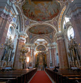 Interior of Innsbruck cathedral — Stok fotoğraf