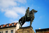 王の像 wladyslaw jagiello — ストック写真