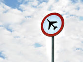 No aeroplane roadsign — Stock Photo