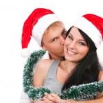 年轻夫妇庆祝圣诞节 — 图库照片