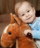 Мальчик и конь — Stock Photo