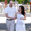 Beautiful pregnant woman and her husband — 图库照片 #1779957