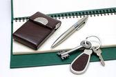 Pamiętnik, uchwyt i klucze — Zdjęcie stockowe