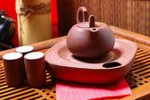 Teekanne mit chinesischen tee — Stockfoto